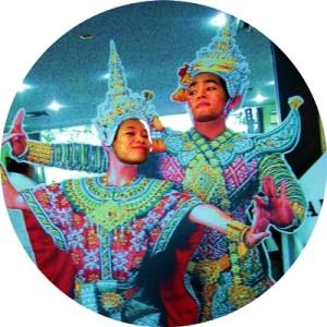 Birdie & Juelie | Travel To Thailand Maak Maak