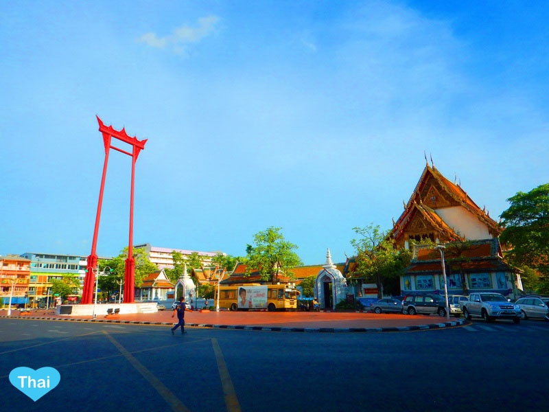 Wat Suthat and The Bangkok Giant Swing | Things To Do In Bangkok with Love Thai Maak