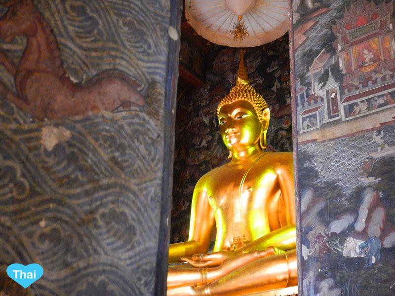 Wat Suthat Main Buddha | Things to do in Bangkok with Love Thai Maak