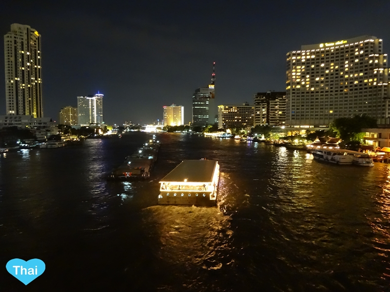 Bangkok Countdown Spots For New Year 2015 | Chaopraya River Cruise Celebrate On The Water