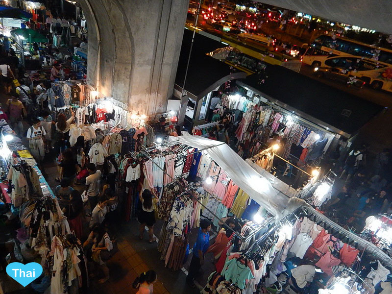 things to do in bangkok night market at Victory Monument hub- Love ...