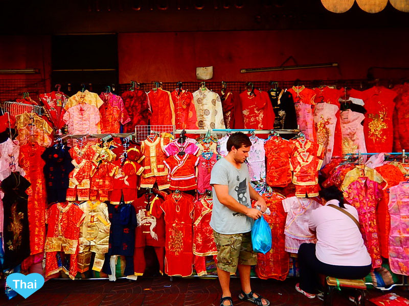 Chinese New Year Celebration in Thailand | Love Thai Maak red outfits