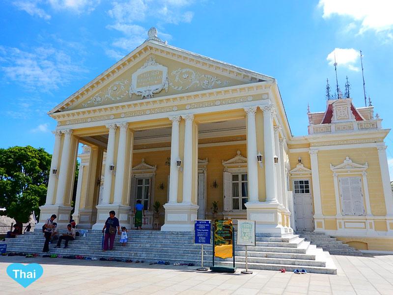 Love Thai Maak | Ayutthaya Treasure: The Summer Palace (BANG PA-IN Palace)  Phra Thinang Warophat Phiman
